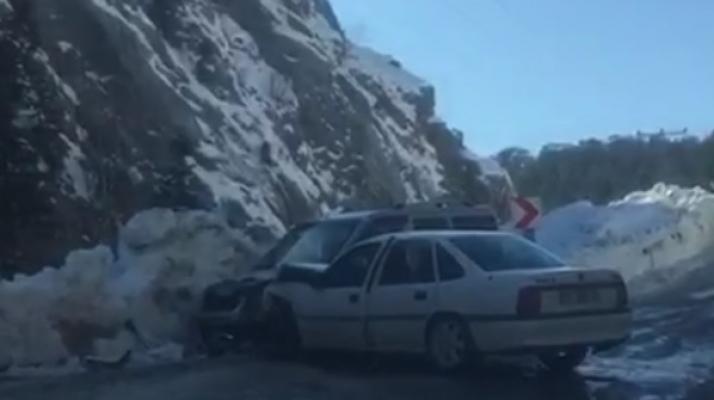 Kuşyuvası Tüneli'nde kaza: 2 yaralı