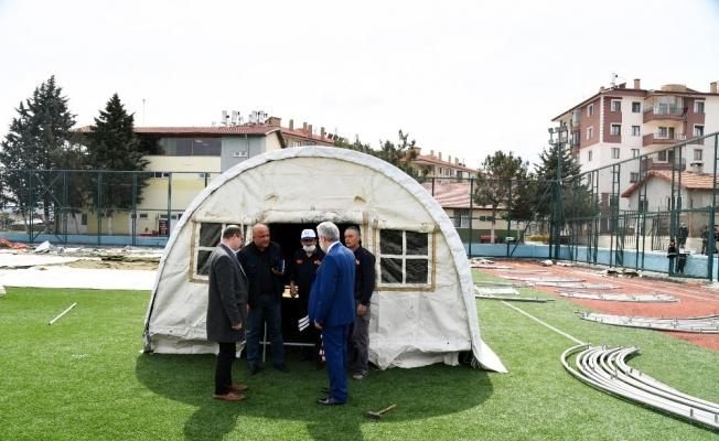 Isparta Belediyesi'nden çadır kurulumu tatbikatı