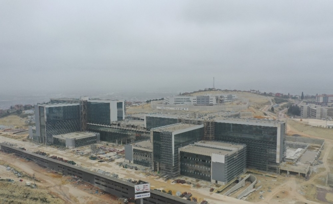 (Özel) 368 bin 648 metrekarelik alanda inşa edilen Kocaeli Şehir Hastanesi'nde sona yaklaşılıyor