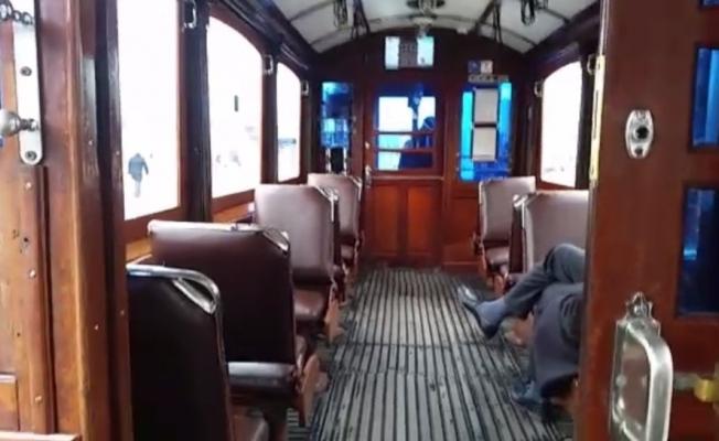 (Özel) Nostaljik tramvay boş kaldı
