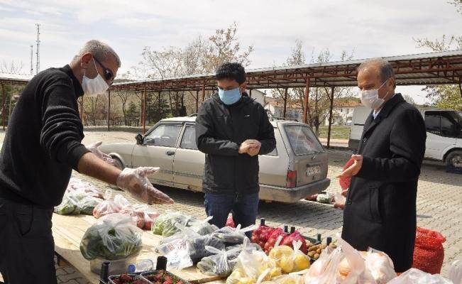 Arguvan'da maske dağıtıldı