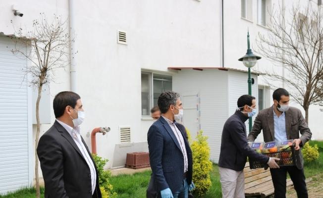 Sağlık-Sen Diyarbakır Şubesi sağlık çalışanlarını unutmadı