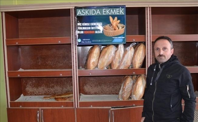 Ülkücüler 'Askıda Ekmek' uygulaması başlattı
