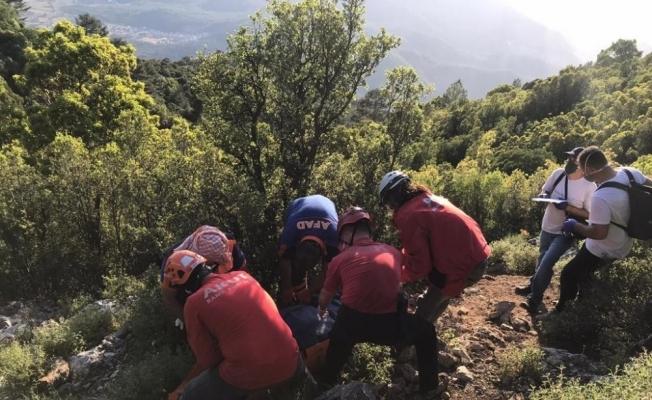 14 gün sora ölü bulunan dağcının cenazesi 14 saatte kurtarıldı