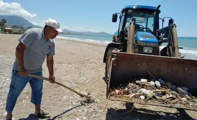 Alanya sahillerinde hummalı çalışma