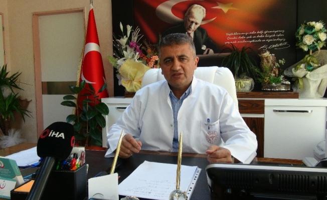 Başhekim Aktürk'ten maske ve sosyal mesafe uyarısı