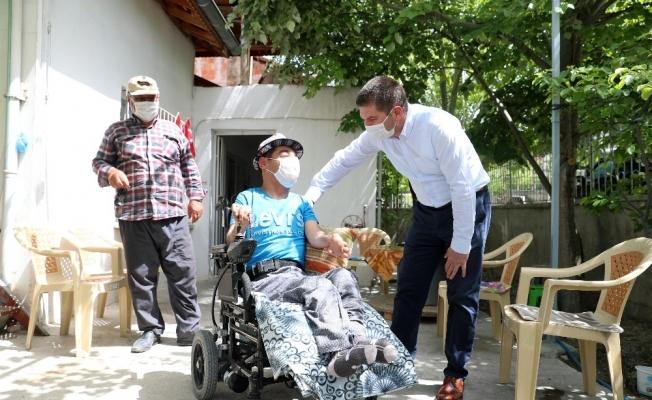 Başkan Ercengiz'den engelli Rıza'ya sürpriz