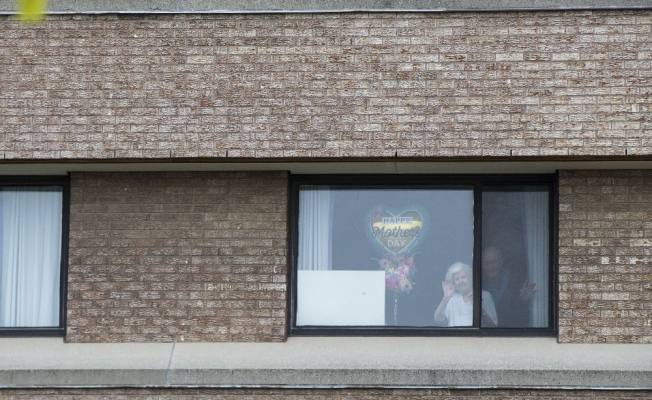 Kanada'da yaşlı bakımevinde 374 kişi koronaya yakalandı