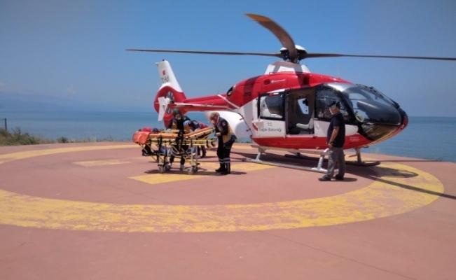 Hava 61 Helikopter Ambulans 1 haftada 10 hasta için havalandı