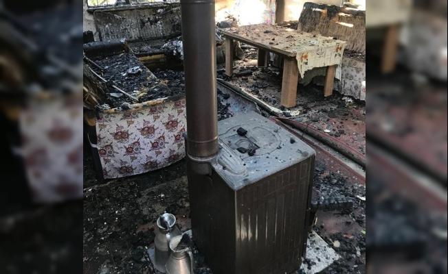 Iğdır'da bir eve yıldırım düştü