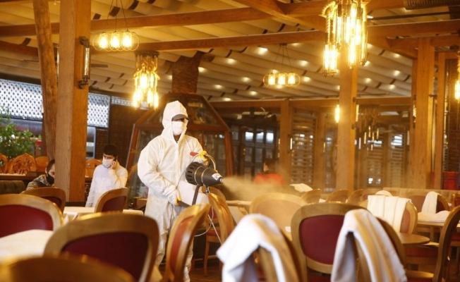 Konak'ta Kordon'dan Üçkuyular'a kadar dezenfekte hamlesi