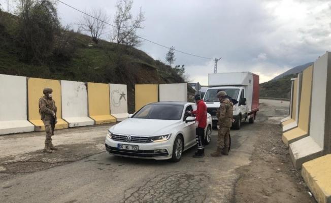 Sason'da bir ev karantinaya alındı