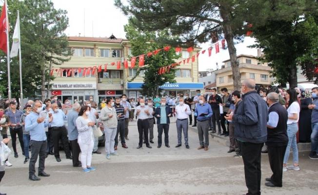 Sungurlu'da öğrenciler dualarla yolcu edildi