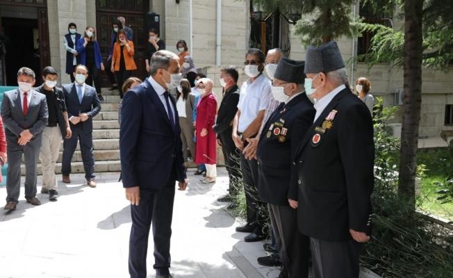 Vali Hasan Şıldak, Burdur'a veda etti