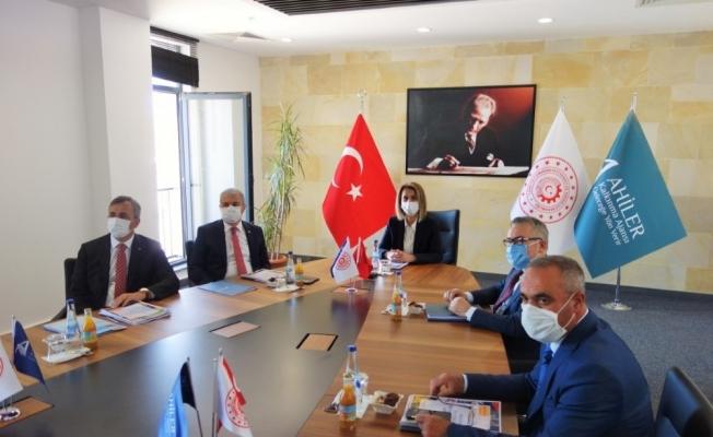AHİKA Temmuz ayı yönetim kurulu toplantısı Nevşehir'de yapıldı