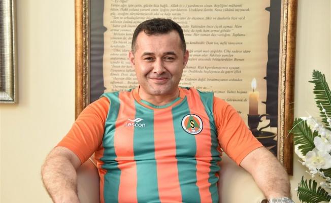 Alanyaspor'a ilk tebrik Başkan Yücel'den