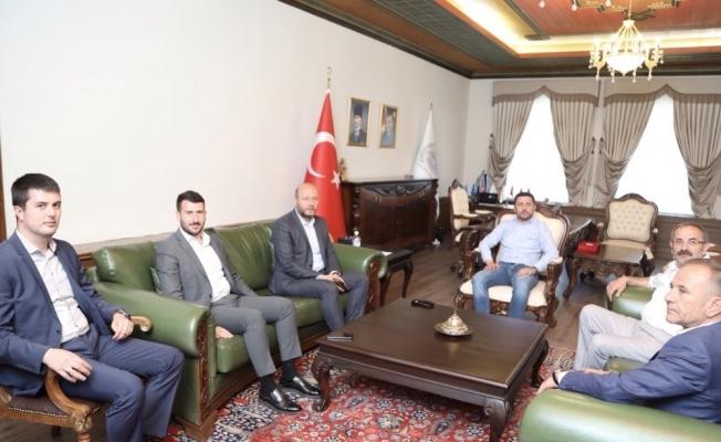 Baro Başkanı Öncül'den Belediye Başkanı Arı'ya ziyaret