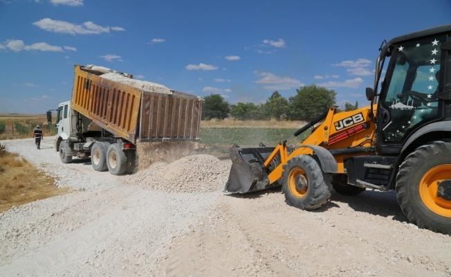 Haliliye'de yol yapım çalışmaları devam ediyor
