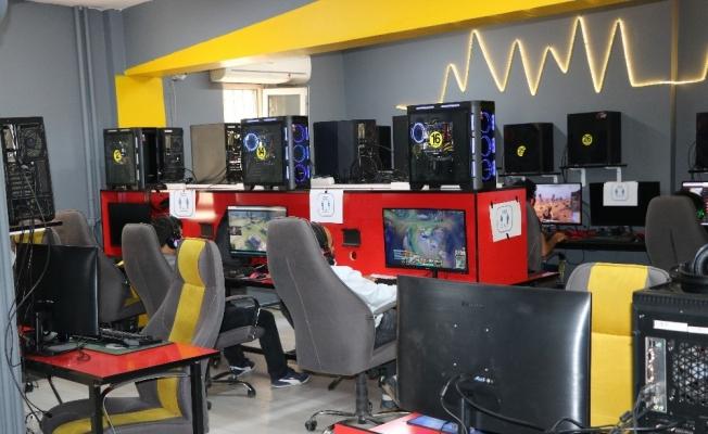 İnternet Kafeler 1 Temmuz itibariyle açıldı