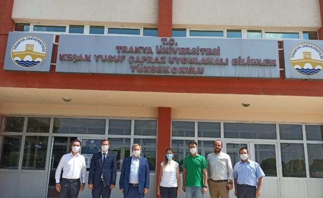 Trakya Üniversitesi Rektörü Prof. Dr. Tabakoğlu, üniversitenin Keşan'daki okullarını ziyaret etti
