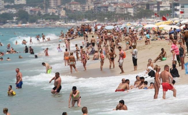 Antalya 1 milyon turist rakamını geçti