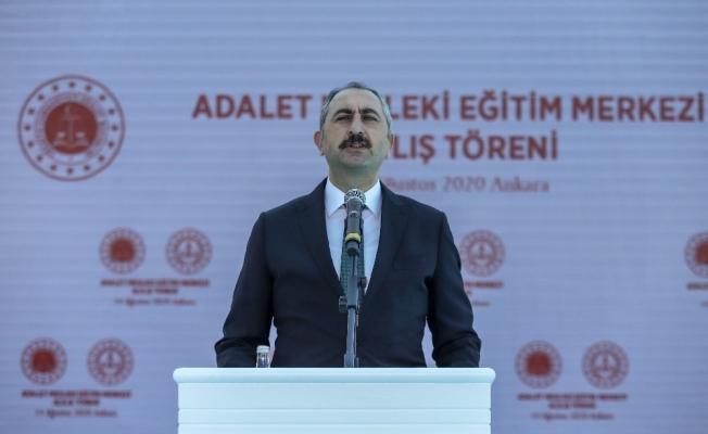 """Bakan Gül: """"Yunanistan ile Mısır arasında gerçekleştirilmeye çalışılan Münhasır Ekonomik Bölge anlaşması uluslararası hukuka aykırıdır"""""""