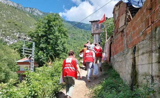 Kastamonu'da ihtiyaç sahibi 65 yaş üstü vatandaşlara yardım