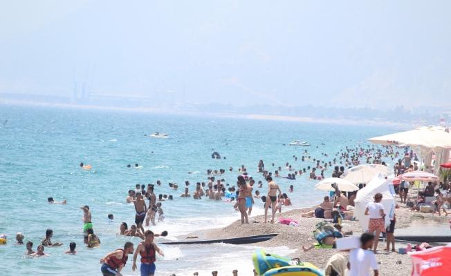 Vatandaşlar sahillere akın etti