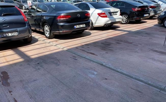 İkinci el araç piyasası alev alev yangın durdurulamıyor
