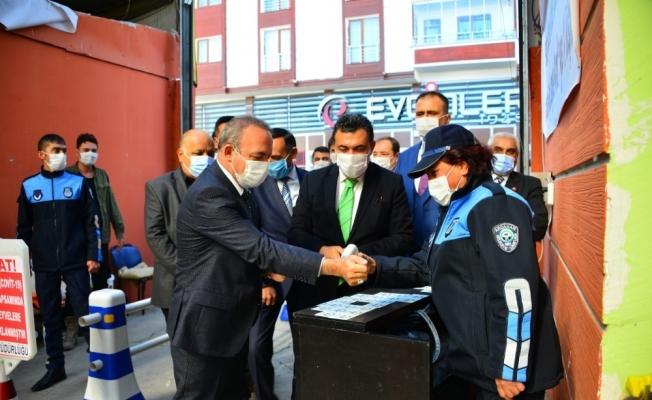 Ardahan'da Koronavirüs denetimleri, Vali Hüseyin Öner'in katılımıyla aralıksız devam ediyor