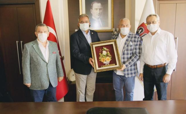 CHP'li Vekillerden Başkan Şahin'e ziyaret