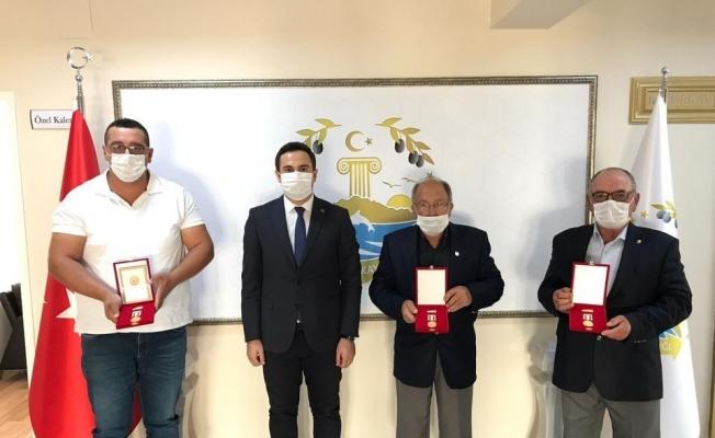 """Kıbrıs gazilerine """"Millî Mücadele Madalyası"""" verildi"""