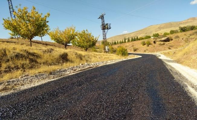 Kuluncak'ta asfaltsız yol kalmayacak