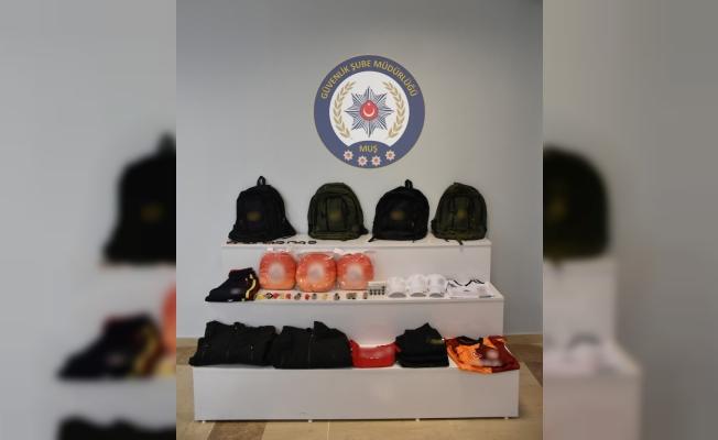 Polisten taklit ürün satıcılarına operasyon