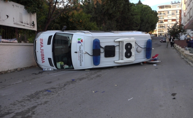 Ambulans kazası: 1 hemşire yaralı