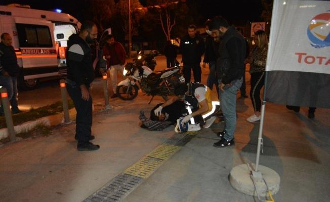 Ayvalık'ta iki motosiklet çarpıştı; 1'i ağır 2 yaralı