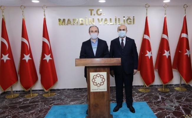 Bayburt Valisi Epcim, Mardin Valisi Demirtaş ile bir araya geldi