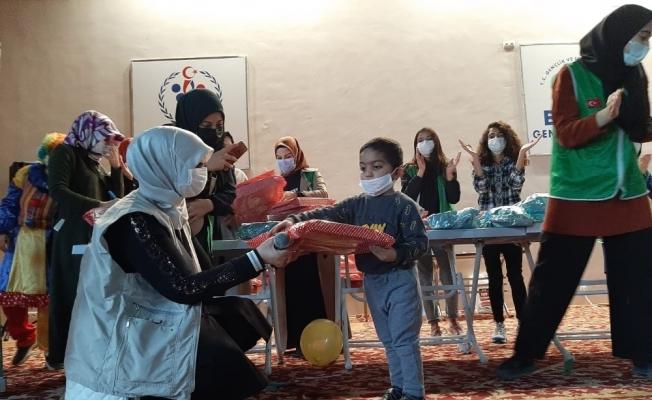 Elazığ'da çocuklar oyuncak şenliği ile eğlendi