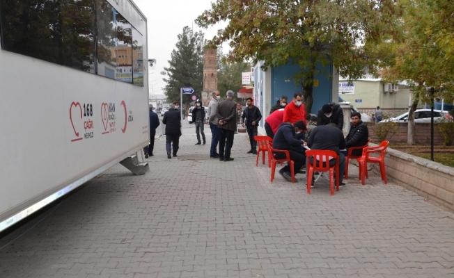 Kurtalan'da kan bağış kampanyasına yoğun ilgi