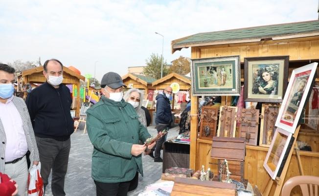 Maharetli Eller Kadın Üretici Pazarı'na yoğun ilgi