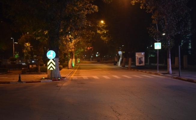 Malatya'da cadde ve sokaklar boş kaldı