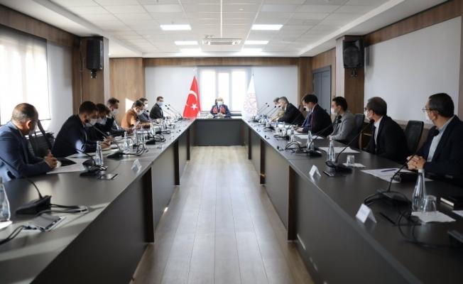 Mardin'de korona virüs tedbirleri değerlendirme toplantısı yapıldı