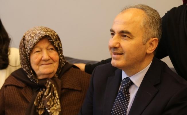Rize Belediye Başkanı Rahmi Metin'in annesi hayatını kaybetti
