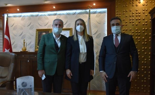 Milletvekilleri, MAÜ Rektörü Özcoşar ile bir araya geldi