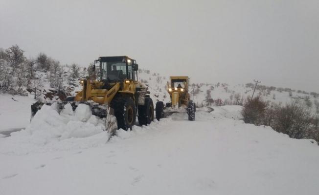 Adıyaman'da 200 köy yolu ulaşıma kapandı