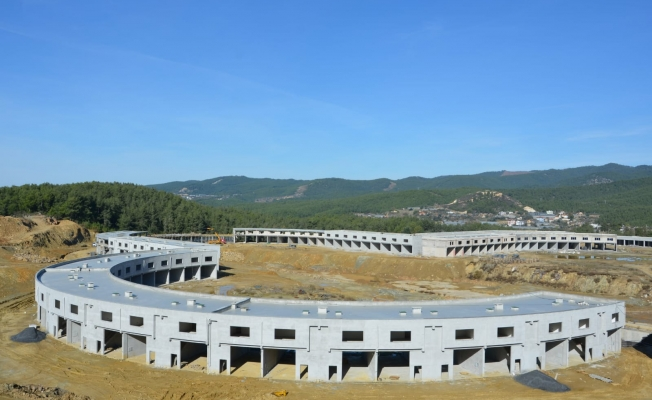 Alanya Toptancı Hali'nin  yüzde 70'i tamamlandı