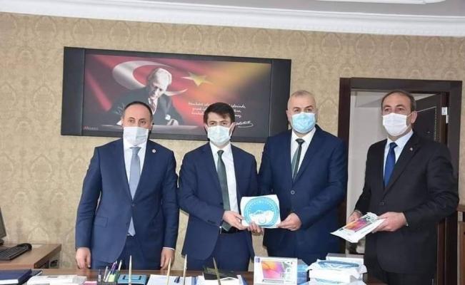 Başkan Polat'dan eğitime tam destek