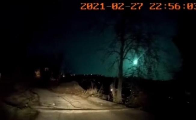Atmosfere giren ve ortalığı gündüz gibi aydınlatan meteor Doğu Karadeniz Bölgesi'nden de görüntülendi