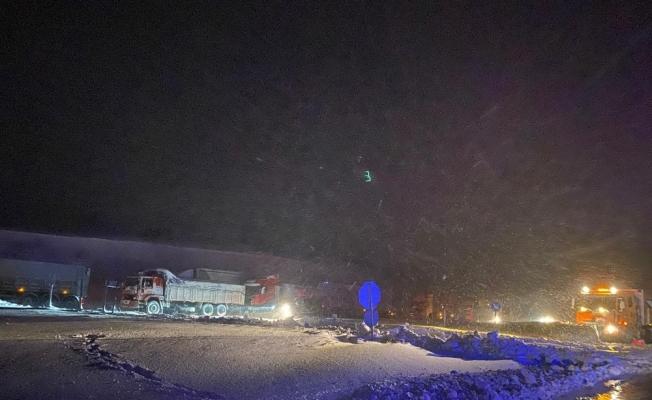 Balıkesir-Susurluk karayolu ağır tonajlı araçların geçişine kapatıldı