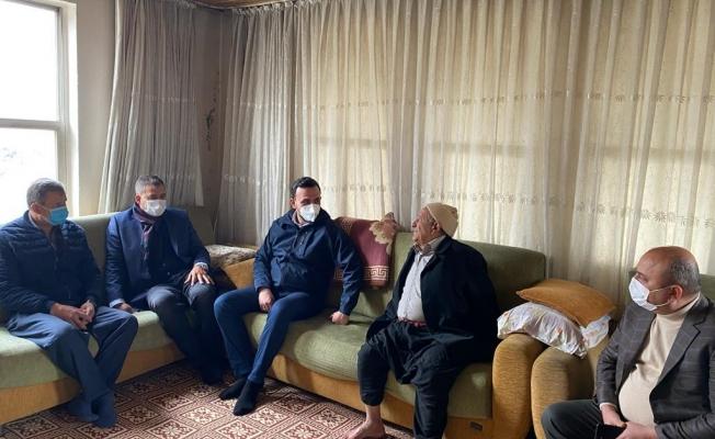 Başkan Toklu, mahallelerde vatandaşlarla buluşuyor